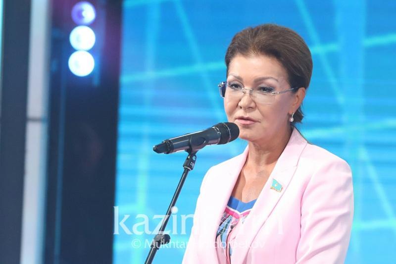 Дарига Назарбаева: Школы можно финансировать напрямую из Минобразования