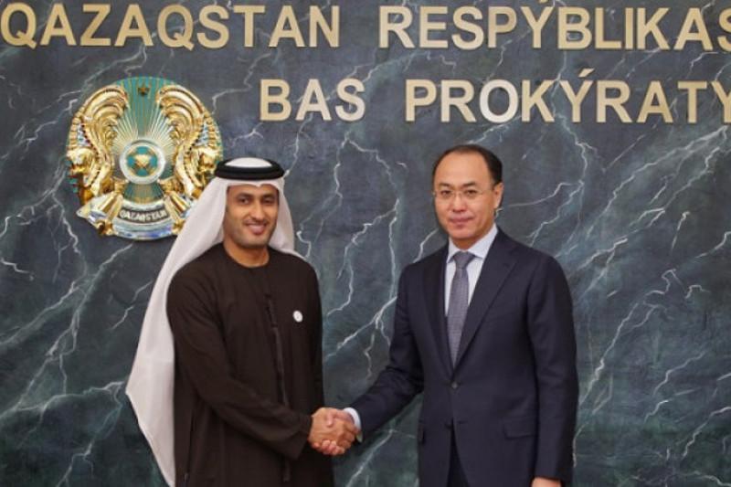 Kazakh Prosecutor General, UAE Attorney General discuss bilateral coop
