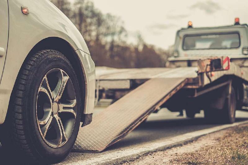8 элитных авто в Шымкенте водворены на штрафстоянку за неуплату налогов