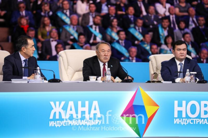 1,5 млн казахстанцев зарабатывают за счет программы индустриализации - Президент РК