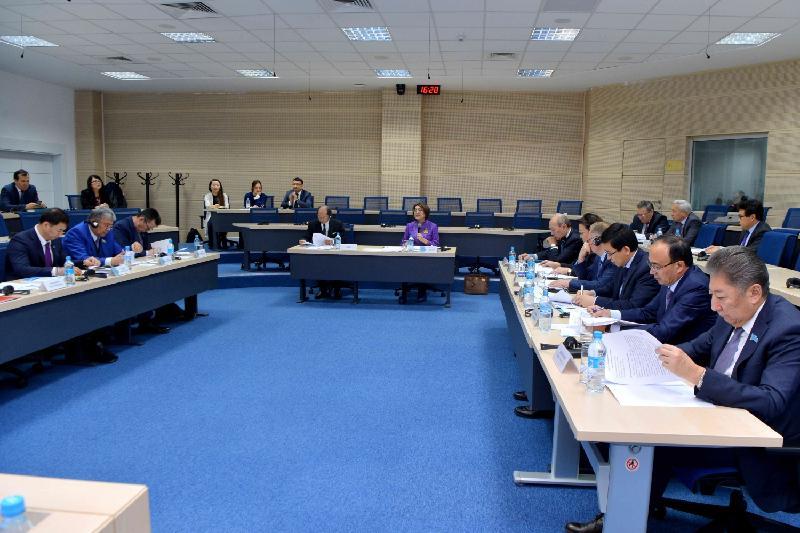 Вопросы высшего образования обсудили сенаторы
