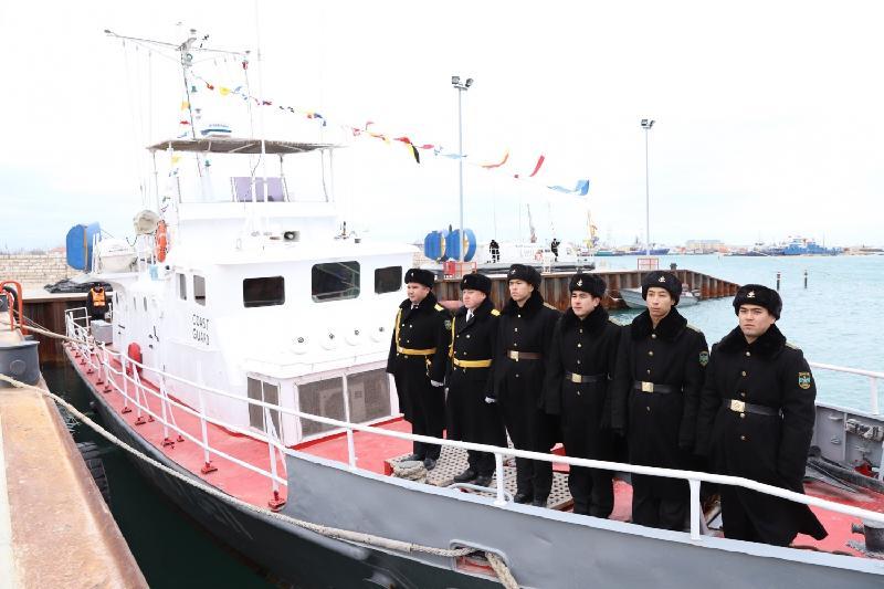 里海边防部队列装两艘新舰艇