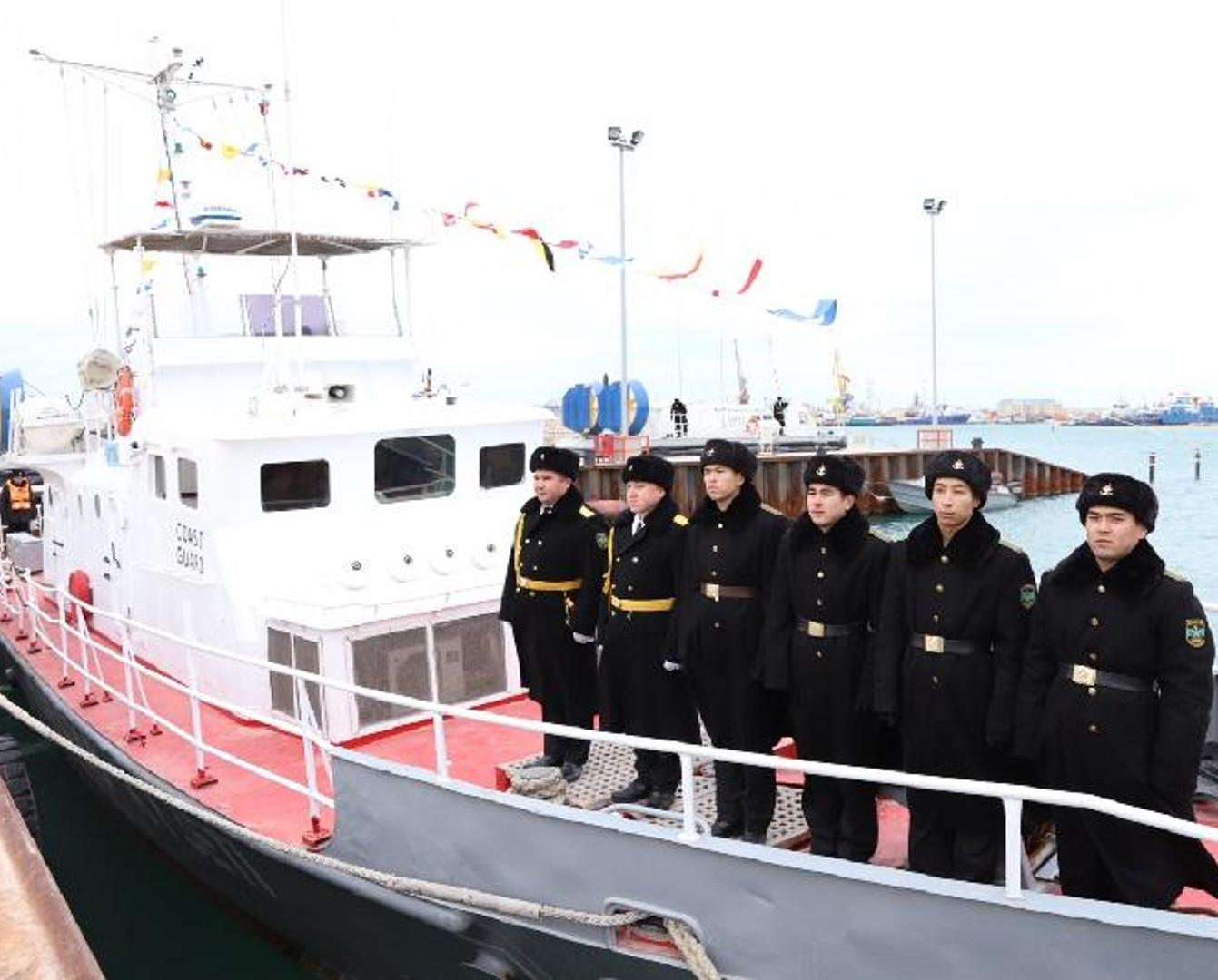 Казахстанским военным суднам дали имена двух батыров