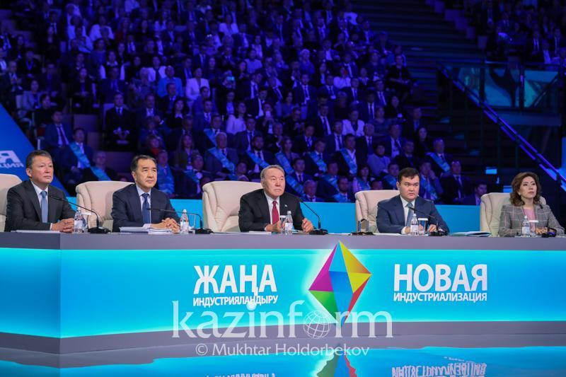 Нурсултан Назарбаев: За последние годы мы начали экспортировать 50 новых видов товаров