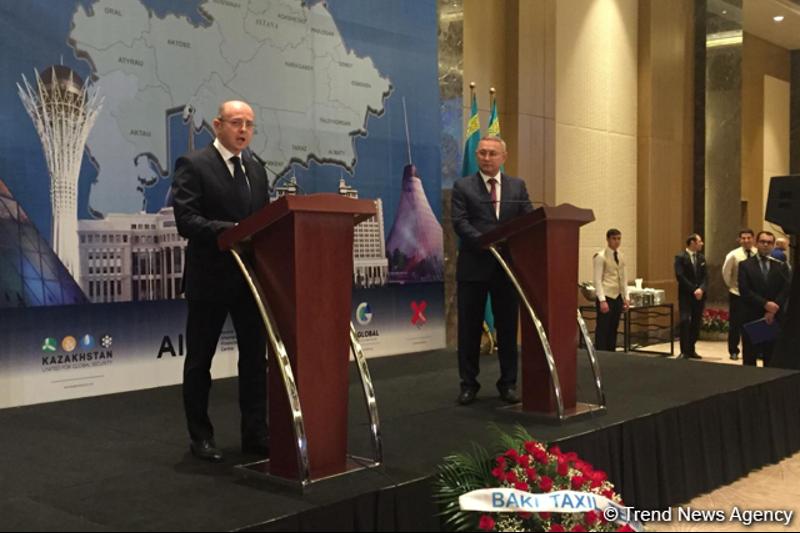 哈萨克斯坦驻阿塞拜疆使馆举行独立庆典招待会
