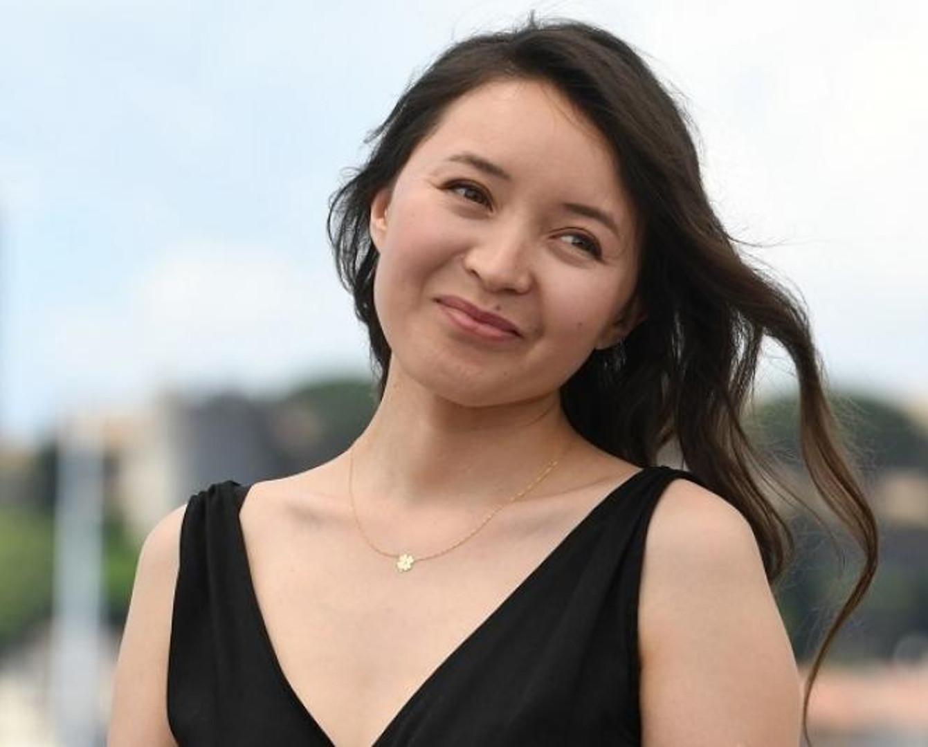 Самал Еслямова «Қазақстанның еңбек сіңірген қайраткері» атанды