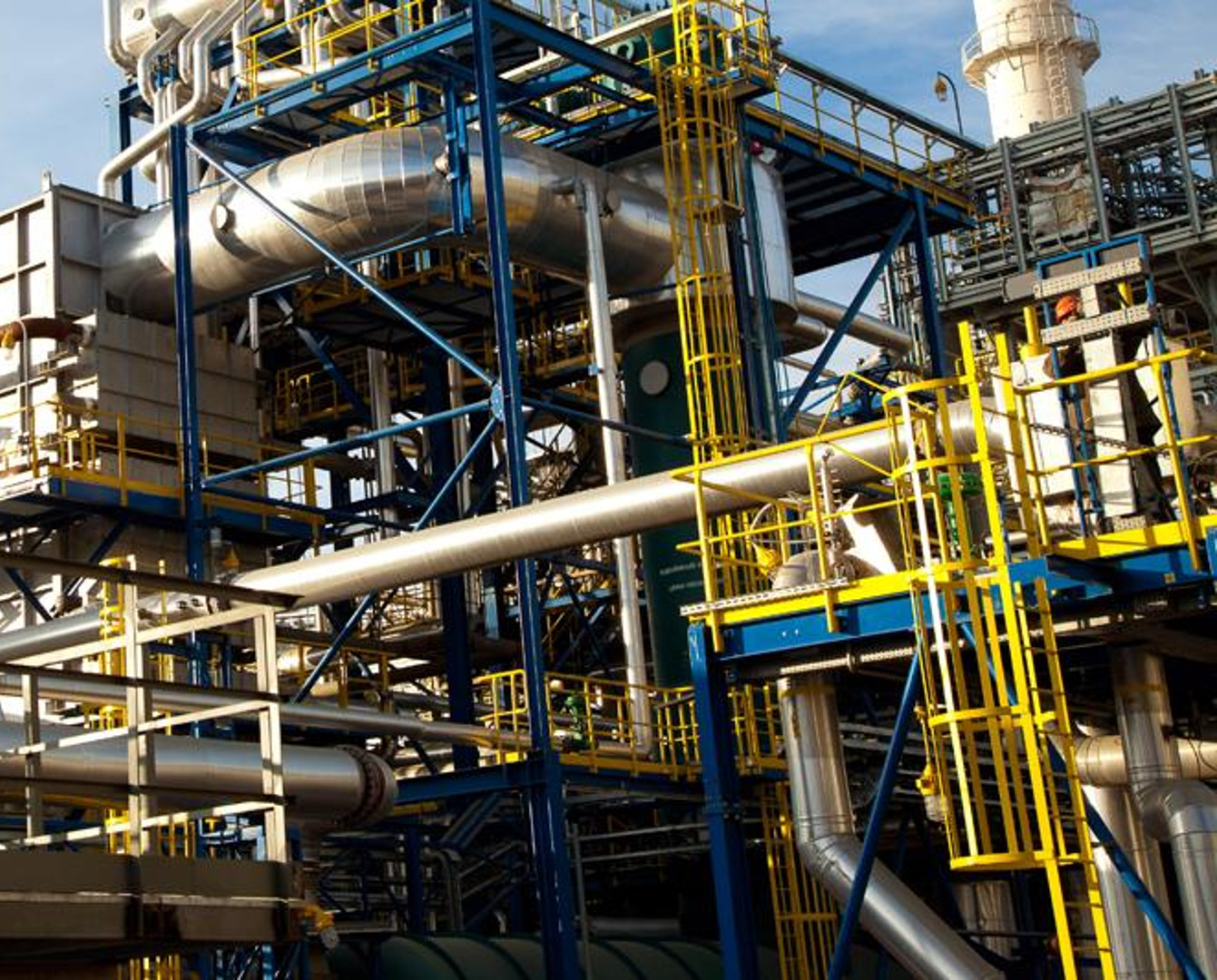 Factory turning waste into fuel oil to be built in E Kazakhstan
