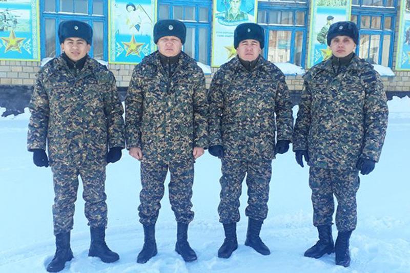 Гвардейцы помогли заболевшим пассажирам поезда «Туркестан - Астана»