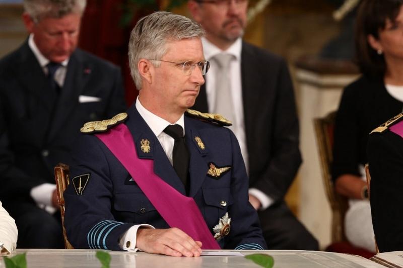 Король Филипп принял отставку премьер-министра Бельгии