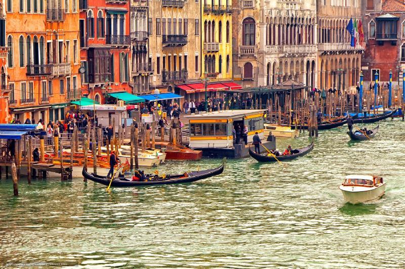 Новый налог готовят власти Венеции для туристов