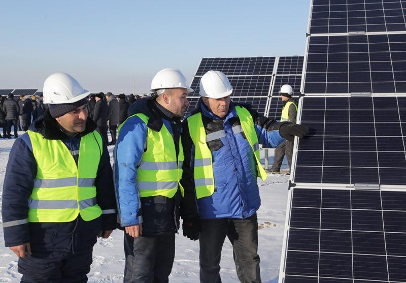 中亚最大光伏发电站在卡拉干达州投入使用
