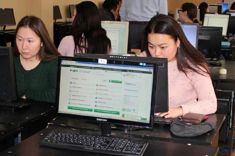 哈萨克斯坦学校课堂将新增电子政务教学内容