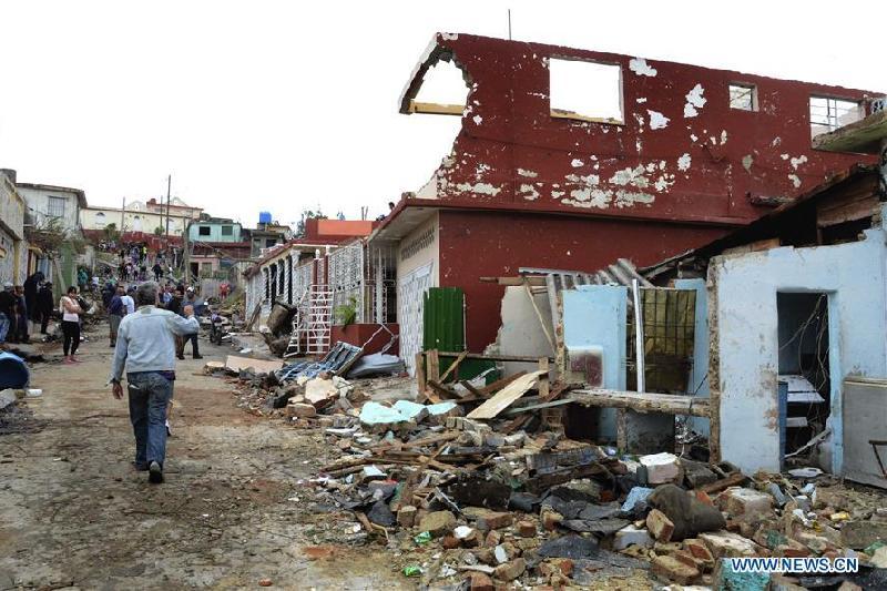 古巴遭暴风雨袭击致3死172伤