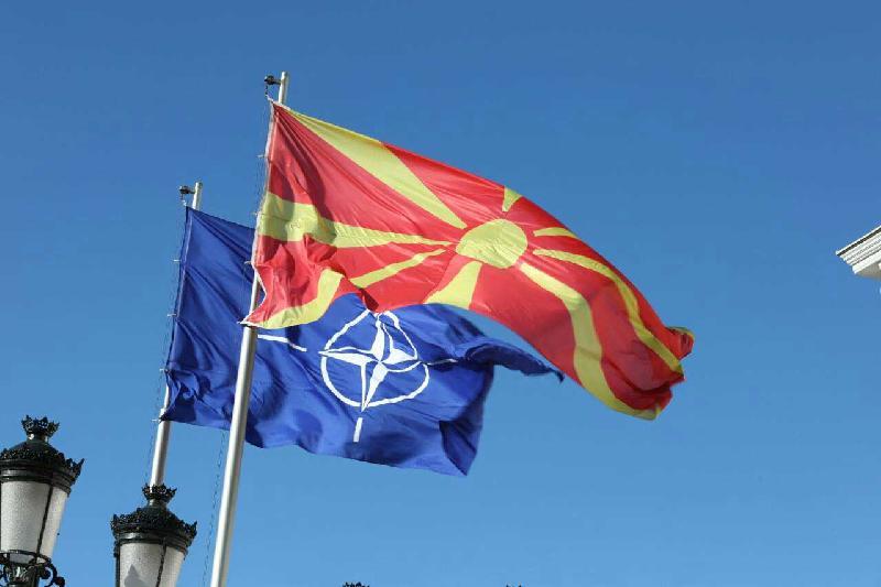 НАТО и Македония подписали протокол о вступлении страны в альянс