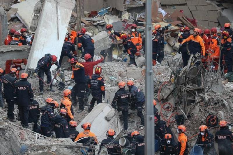 土耳其塌楼事件死亡人数上升至17人