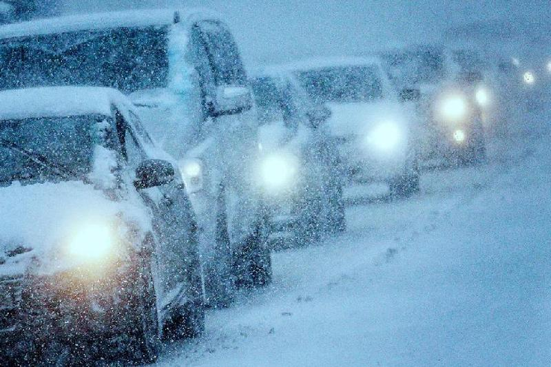 紧急情况委员会因恶劣天气建议公民们20日前不要开车远行