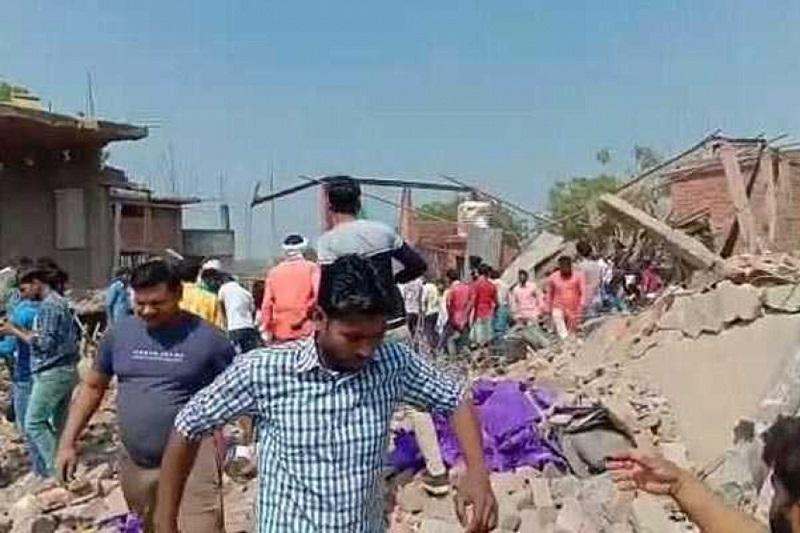 印度北方邦烟花厂爆炸 至少11人死