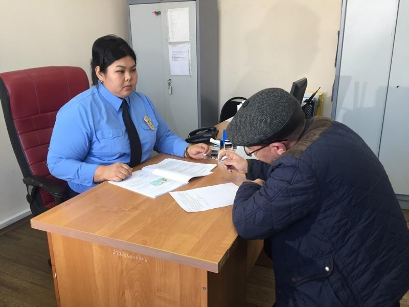 С должниками-алиментщиками активно борются в Алматы