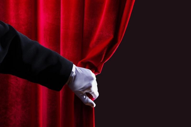 Насколько вырастет зарплата театральных актеров в Казахстане