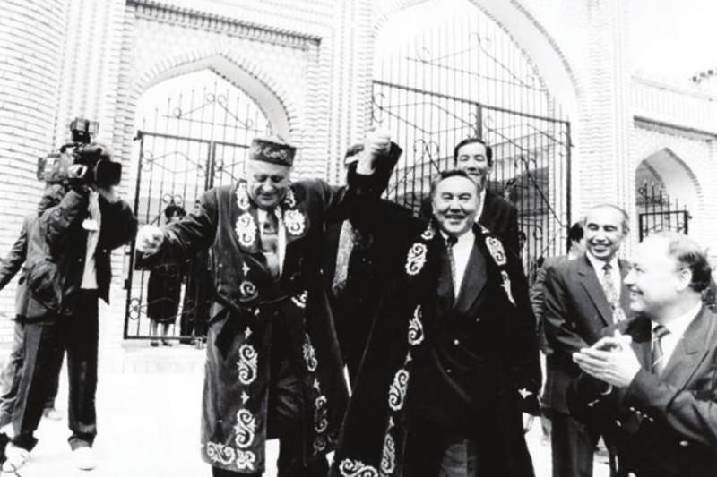 哈萨克斯坦与土耳其建立正式外交关系已满27年