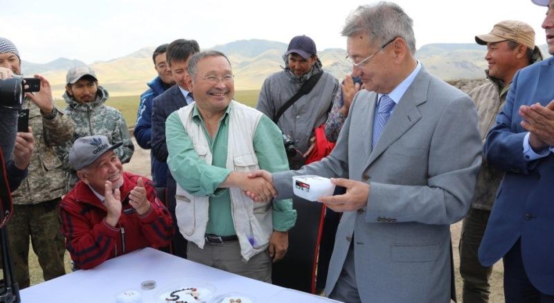 哈萨克斯坦黄金文物展在莫斯科举行