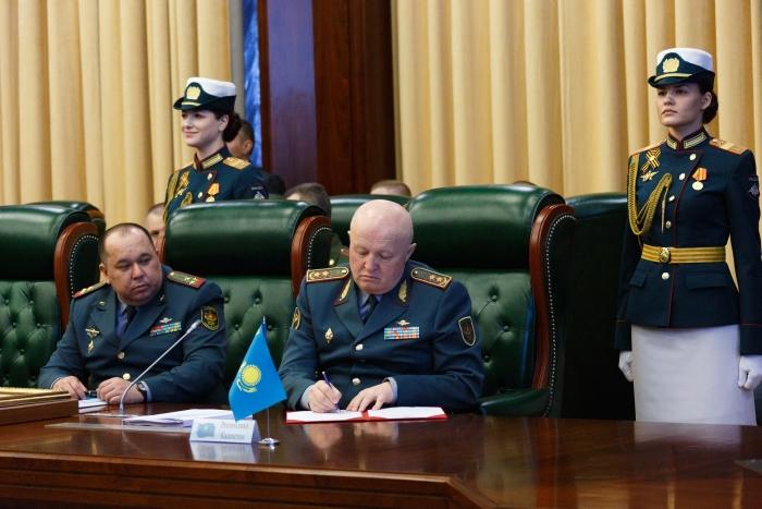 独联体成员国武装部队参谋长委员会会议在俄罗斯举行