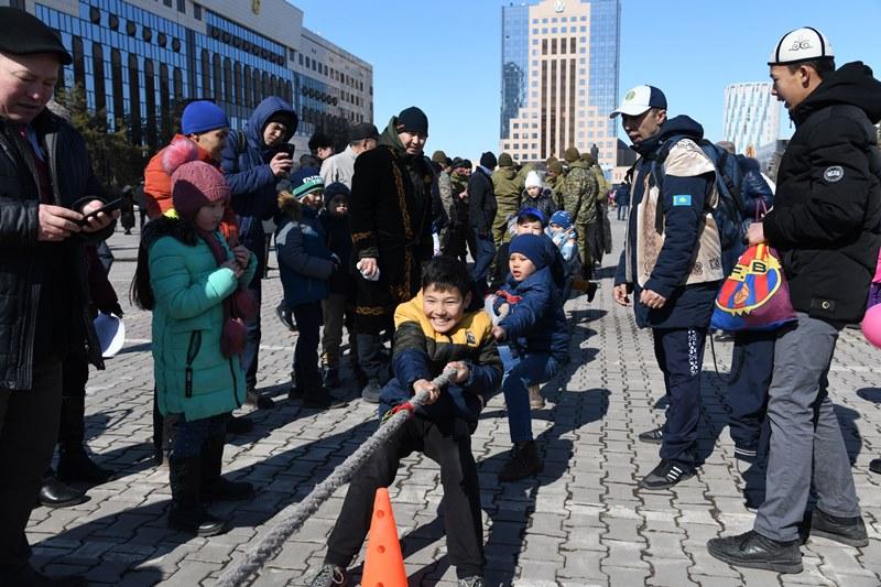 Сотни тысяч человек отпраздновали с размахом Наурыз мейрамы в столице - итоги