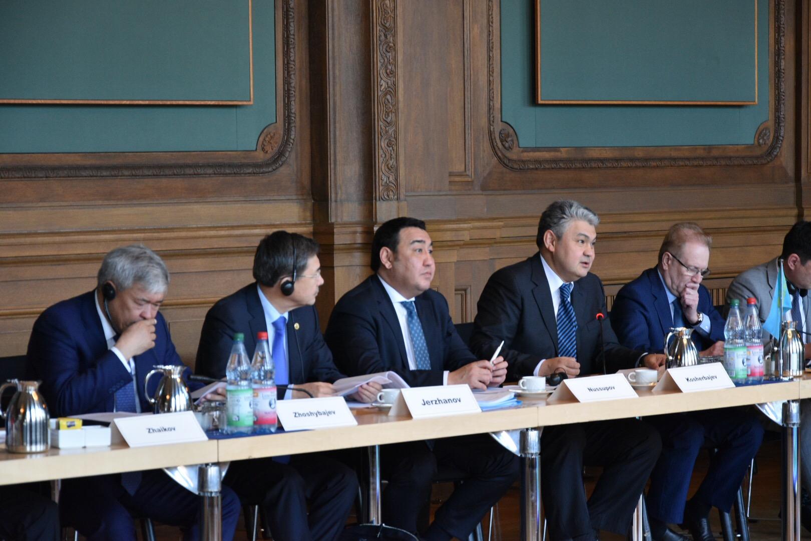 «Дорожную карту» по реализации экономических проектов планируют разработать Казахстан и Германия