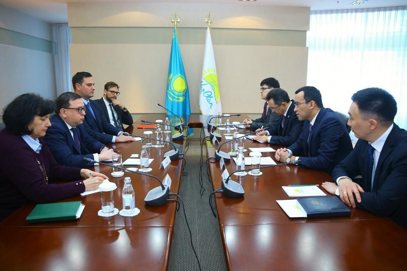 Маулен Ашимбаев встретился с представителями миссии БДИПЧ/ОБСЕ