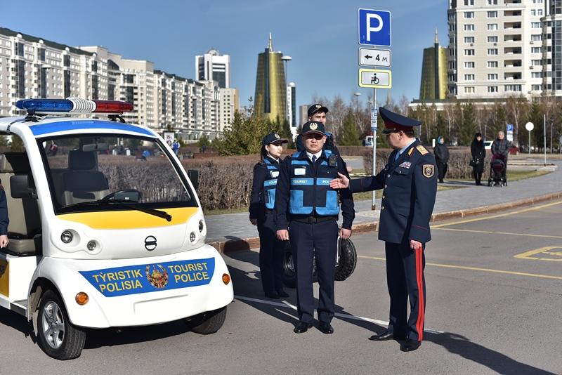 哈萨克斯坦正式组建旅游警察
