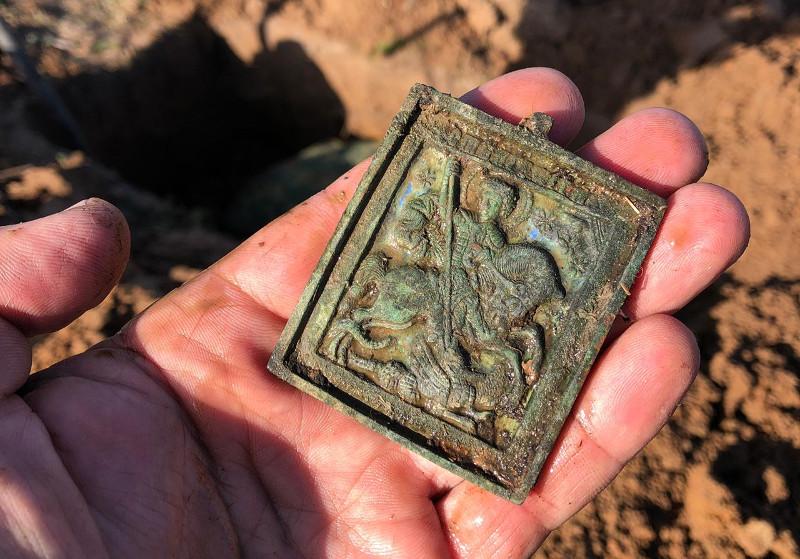 俄罗斯境内二战战场遗址现哈萨克士兵遗骨  曾有数千战士在此牺牲