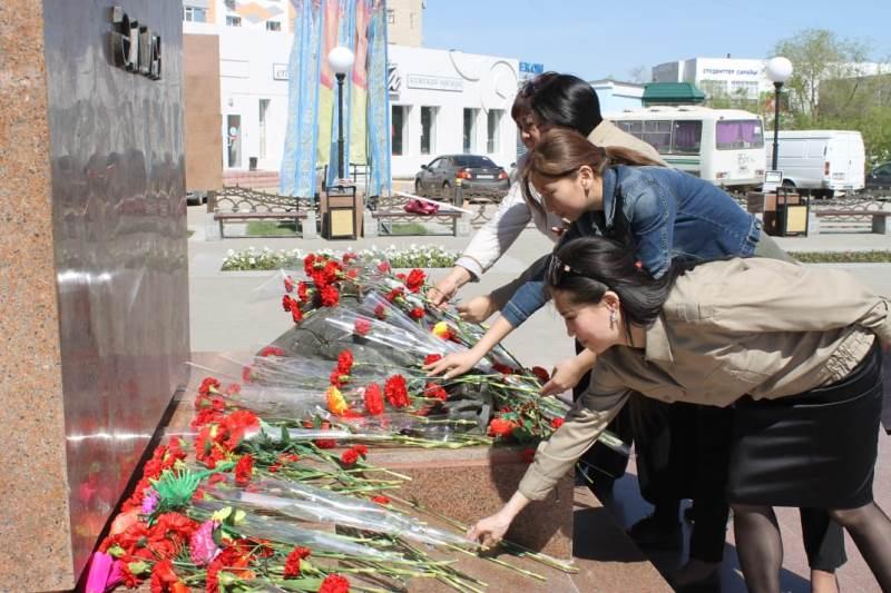 Патриотический час памяти Алии Молдагуловой прошел в Актобе