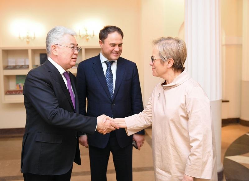 Бейбут Атамкулов встретился с главой Бюро по демократическим институтам и правам человека ОБСЕ