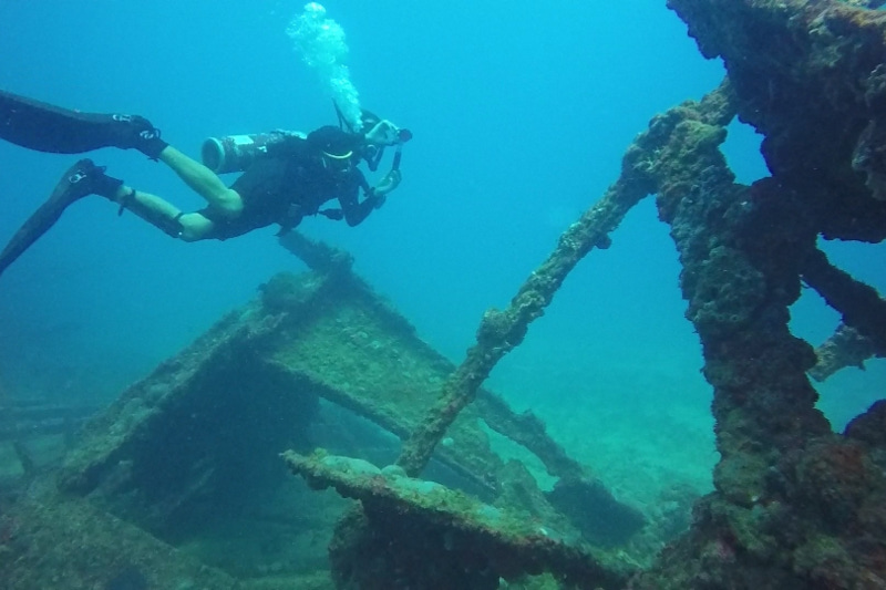 Underwater kingdom: Over 80 shipwrecks and structures remain at the bottom of the Caspian Sea