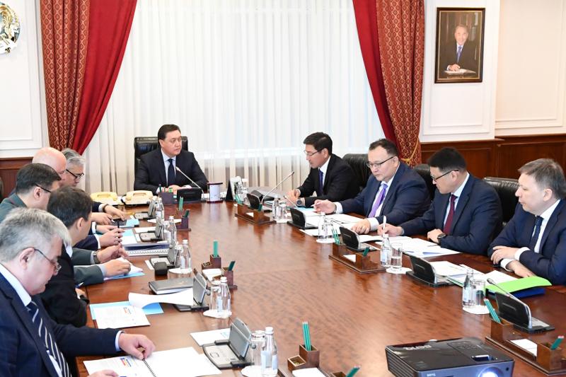 总理主持召开哈萨克斯坦5G网络建设问题专项会议