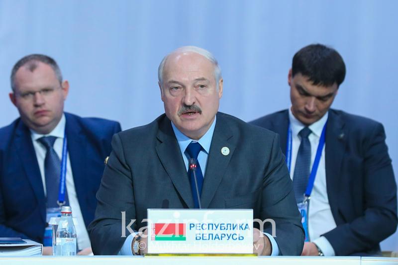 Нурсултан Назарбаев может оказать нам неоценимую помощь - Александр Лукашенко
