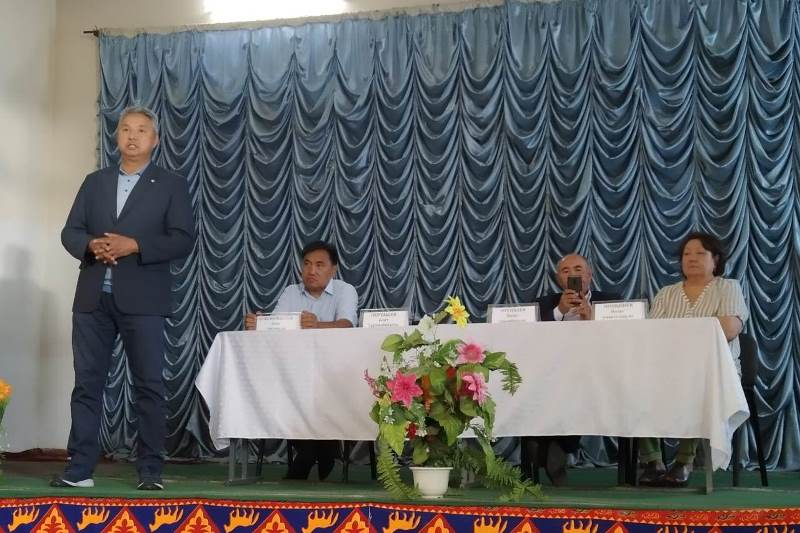Руководитель штаба Дании Еспаевой провел встречи с избирателями Жамбылской области