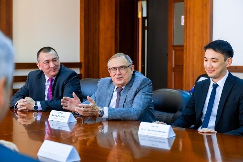 РЦКС и Сибирский госуниверситет обсудили возможность создания спутника CubeSAT