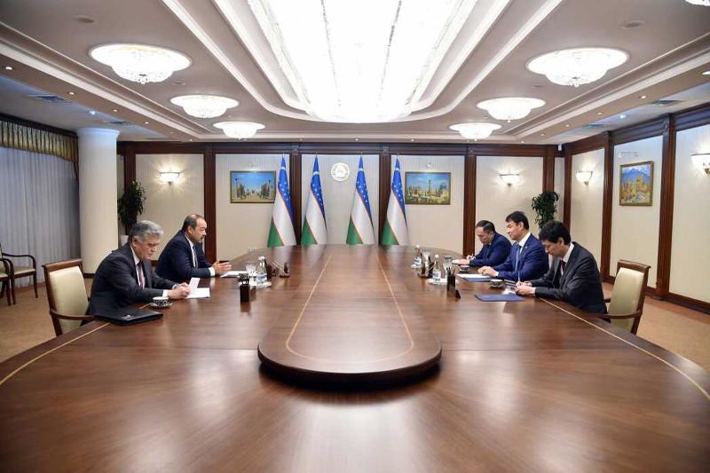 Посол Казахстана встретился с премьер-министром Узбекистана