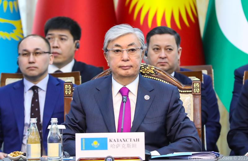 哈国总统:应成立8方会谈模式的欧亚金融咨询机制