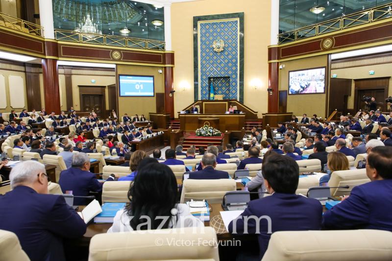 Работа Парламента РК продлена до 5 июля 2019 года