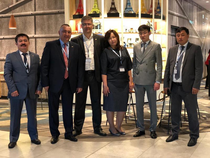 В Ле Бурже подписаны протоколы с зарубежными партнерами по участию в проекте KazSat 2R