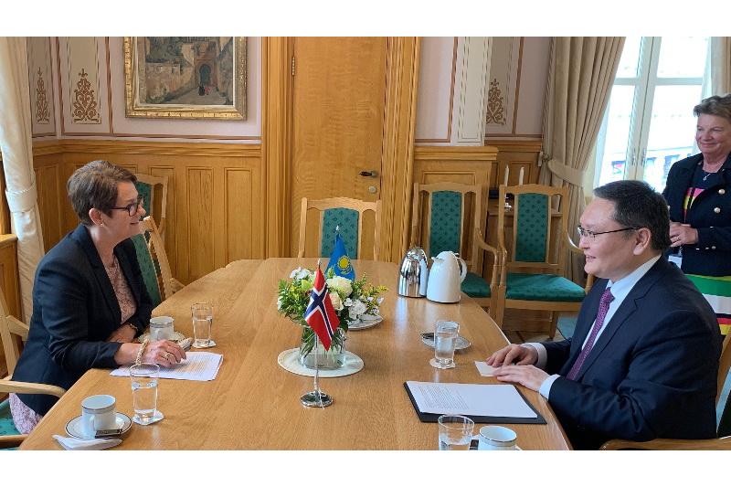 Посол Казахстана встретился с президентом Стортинга Норвегии