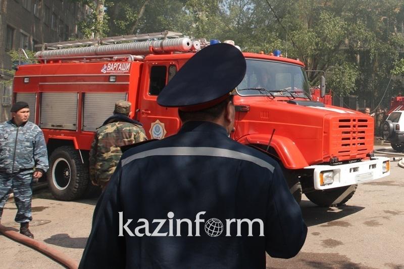 Пожар произошел близ войсковой части в Туркестанской области