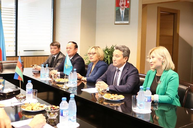 Библиотека Елбасы и Центр социальных исследований Азербайджана подписали меморандум