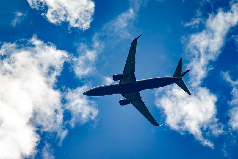AIFC建议开通直飞新加坡和上海的航班