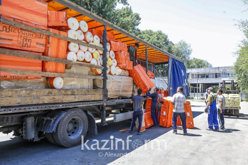QHA Arys turǵyndaryna 65 tonna gýmanıtarlyq kómek jiberdi