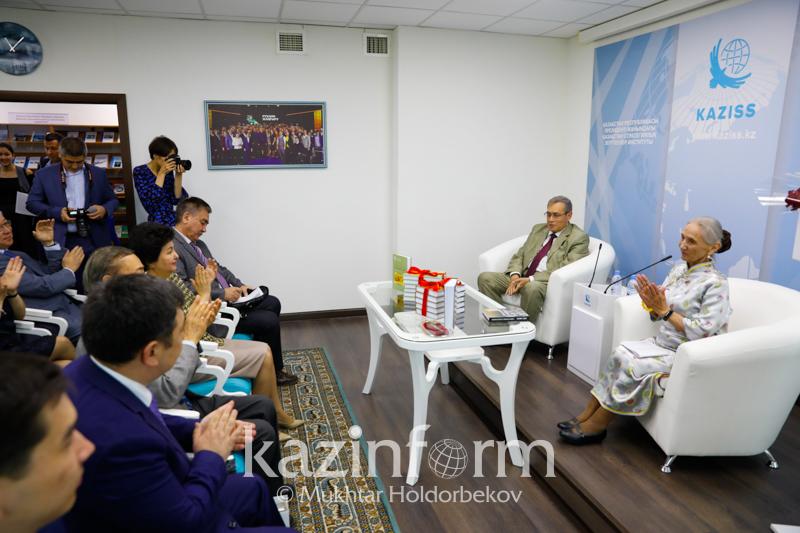 Nur-Sultanda qazaq tarıhyna arnalǵan eki kitap tanystyryldy