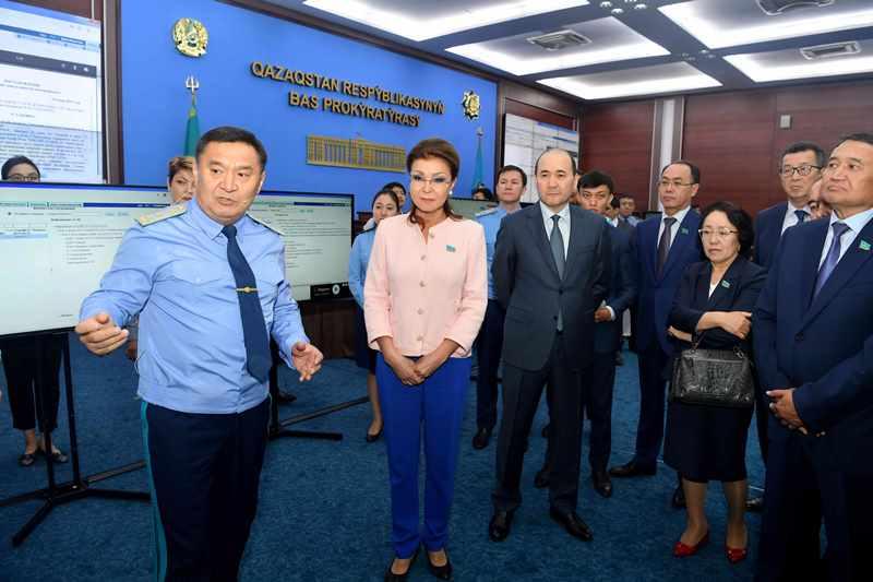 Сенаторы посетили Генеральную прокуратуру