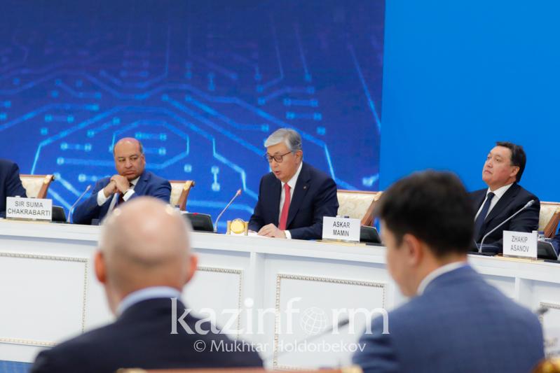 Глава ЕБРР выразил поддержку политике Президента РК Касым-Жомарта Токаева